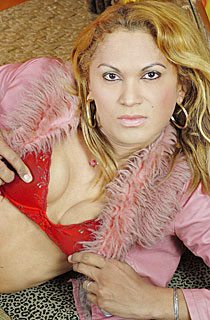 Shemale Pornstar - Stefanie Ramos